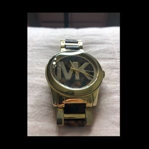 Gold and marbled Michael Kors watch!